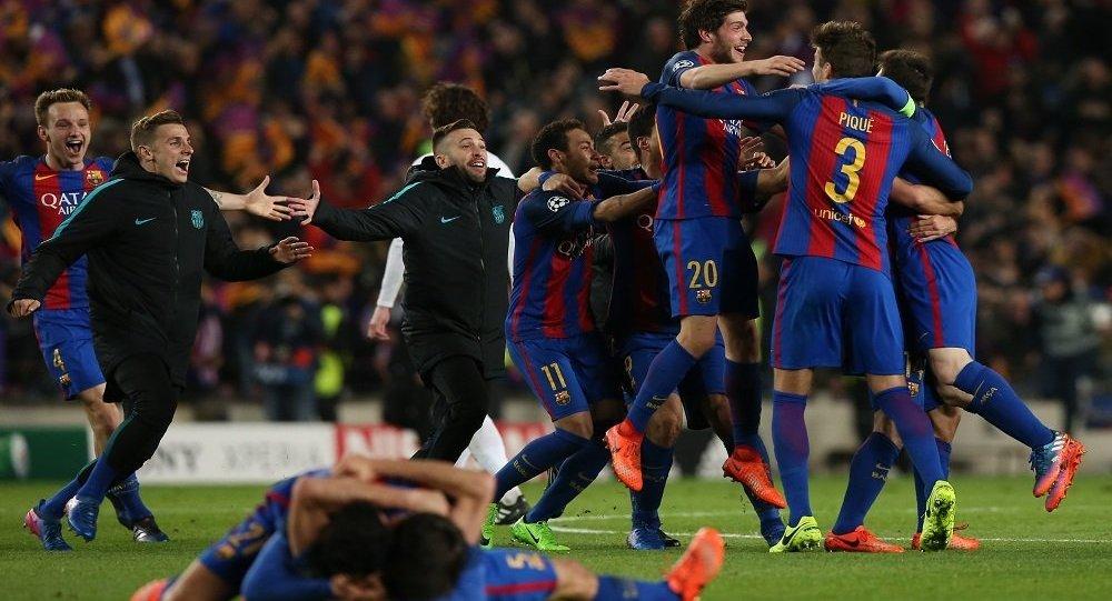 فرحة لاعبي برشلونة