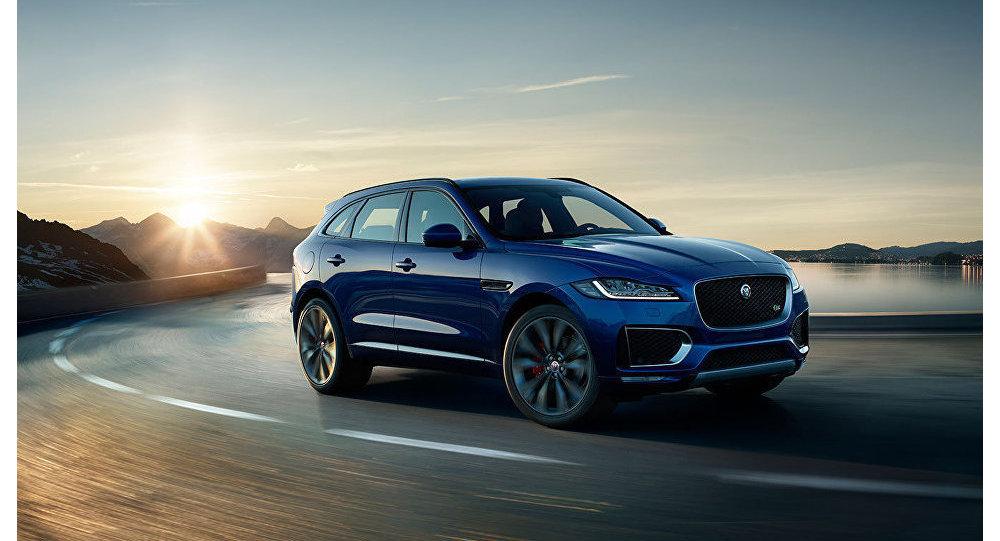 سيارة Jaguar F-Pace