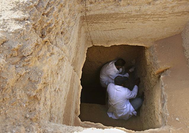 اكتشاف مقبرة فرعونية