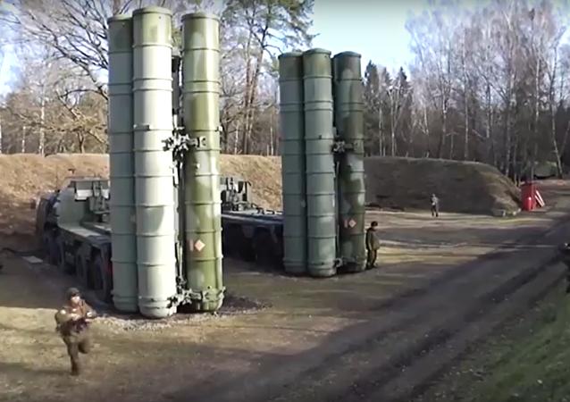 اعتداء على منظومة الدفاع الروسية إس-400 في البلطيق!