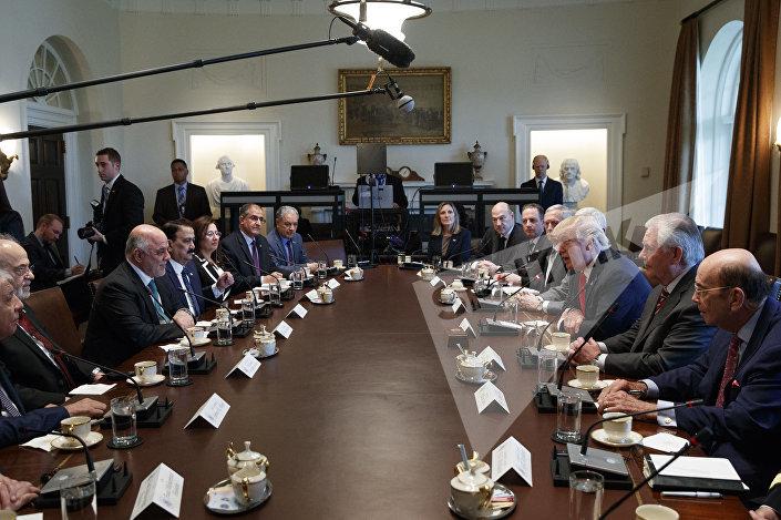 اجتماع بين  الرئيس دونالد ترامب ورئيس الوزراء العراقي