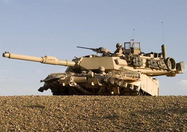 دبابات إم1 إيه2 أبرامز
