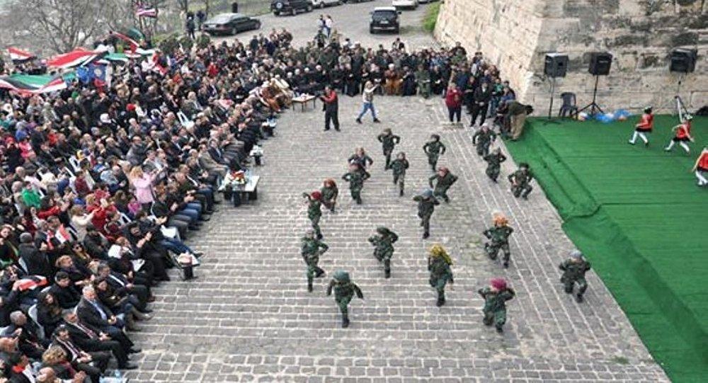 قلعة الحصن السورية تحتفل