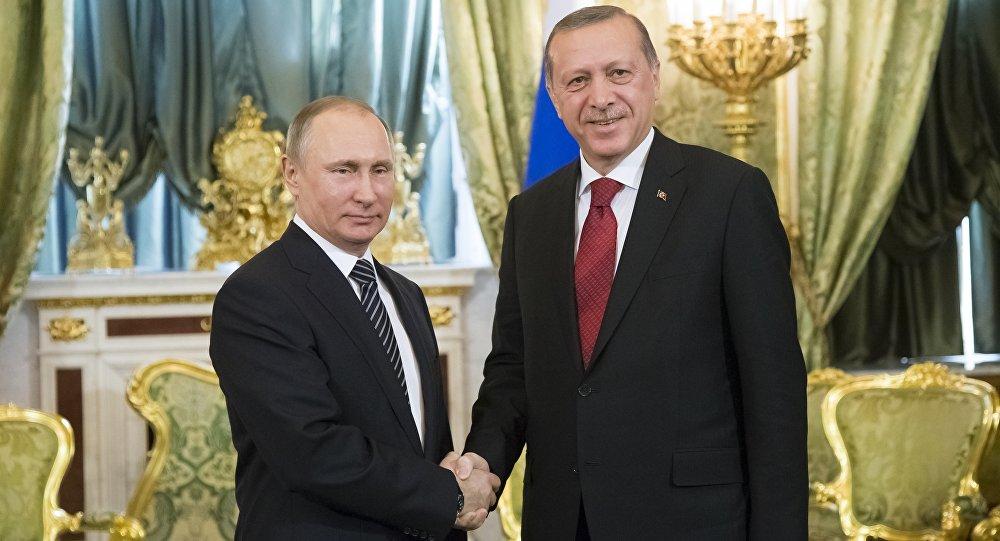 رئيس تركيا رجب طيب إردوغان يلتقي برئيس روسيا فلاديمير بوتين في موسكو 10 مارس/ آذار 2017