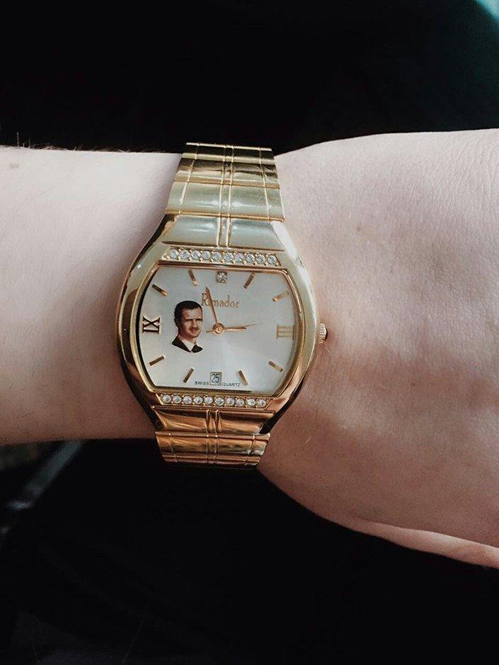 ساعة يد بطلة العالم لرفع الأثقال ماريانا ناوموفا