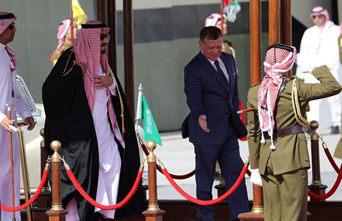 استقبال الملك سلمان في الأردن