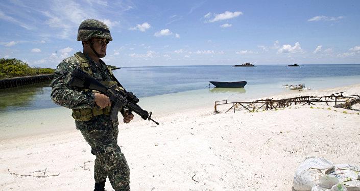 قوات فلبينية على الجزر المتنازع عليها