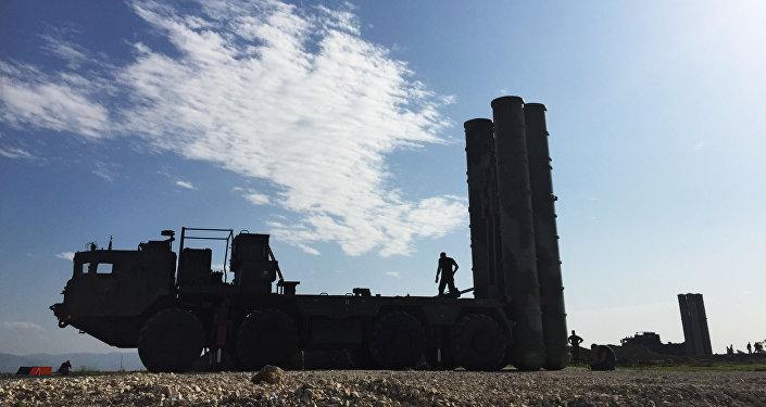 منظومة إس-400 في قاعدة حميميم