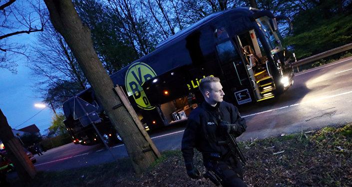 هجوم على حافلة فريق دورتموند