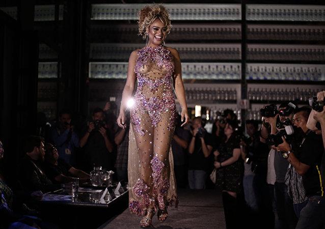 ملكة جمال مسابقة بوم -بوم المثيرة