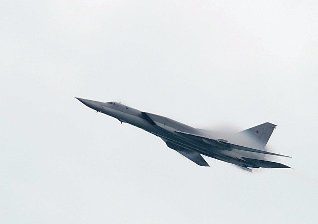 قاذفة القنابل والصواريخ تو-22إم3
