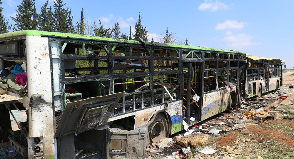 تفجير انتحاري يستهدف حافلتي كفريا والفوعة في حي الراشدين بمدينة حلب في سوريا