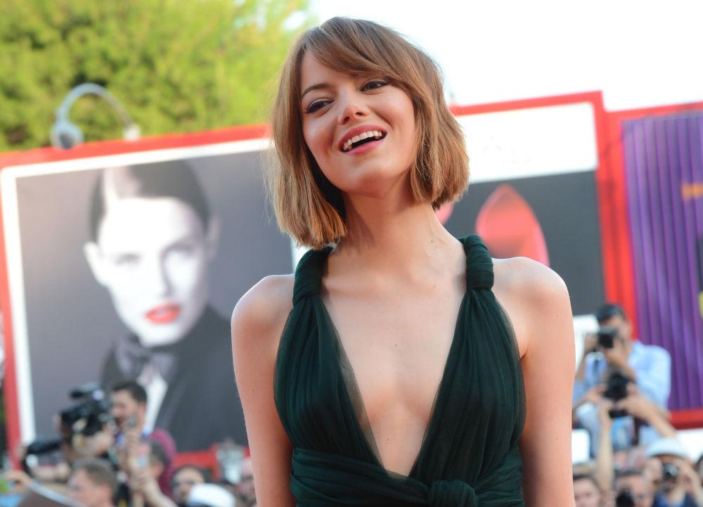 الممثلة الأمريكية إيما ستوون
