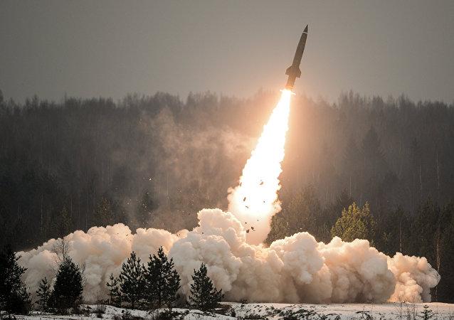 بيان عملي لإطلاق صاروخ