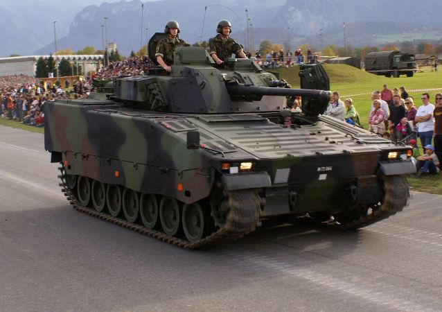 إحدى مدرعات الجيش السويدي