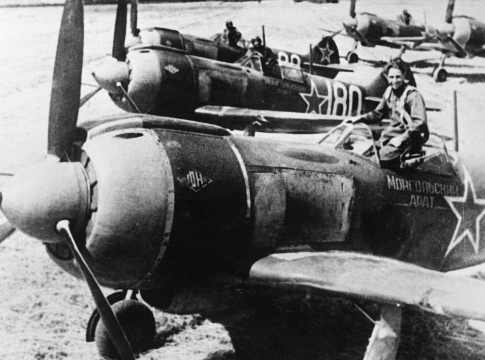 طائرات لا-5 (لافوتشيكينا-5) التابعة للقوات الجوية السوفيتية