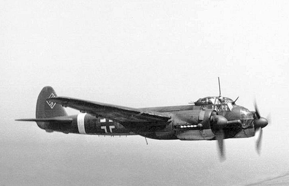 الطائرة الألمانية يونكيرس 88، عام 1942