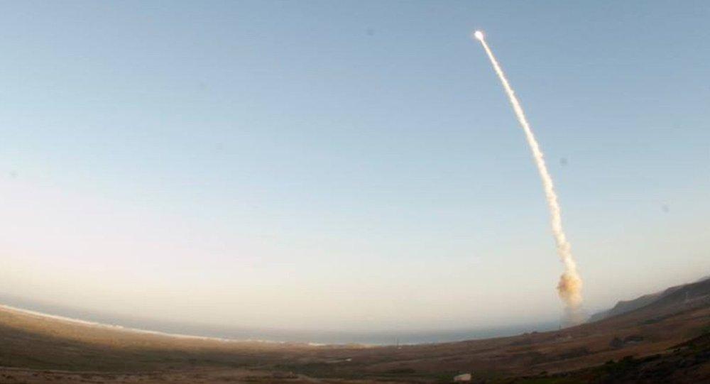 إطلاق صاروخ مينيتمان 3