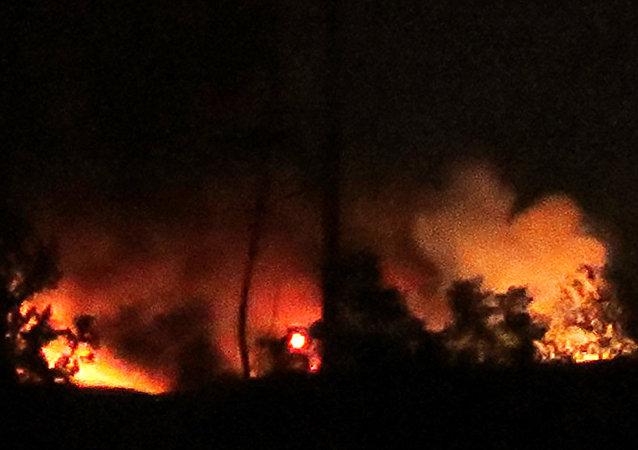 انفجارات ضخمة في محيط مطار دمشق الدولي (صورة أرشيفية)