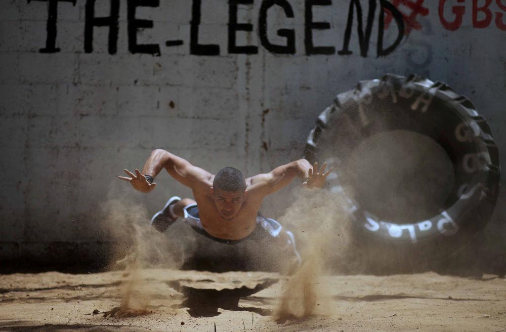 """رياضة """"الباركور"""" الفلسطيني الحر"""