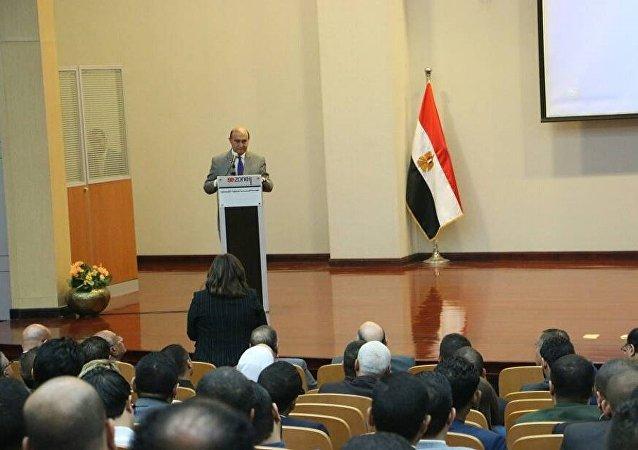 الفريق مهاب مميش رئيس هيئة قناة السويس والهيئة العامة للمنطقة الاقتصادية