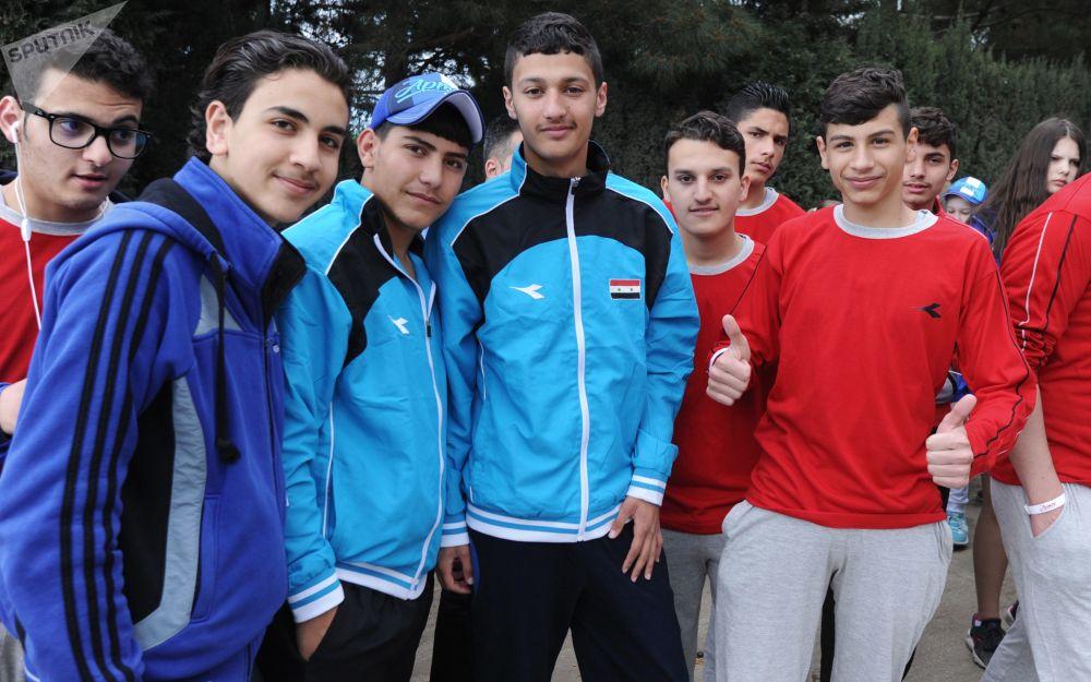 أطفال سوريا في القرم