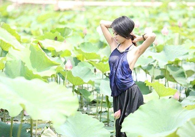 فتاة فيتنامية