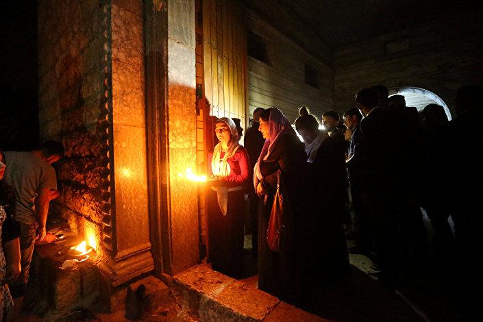 إيزيديون في معبد لاليش في دهوك