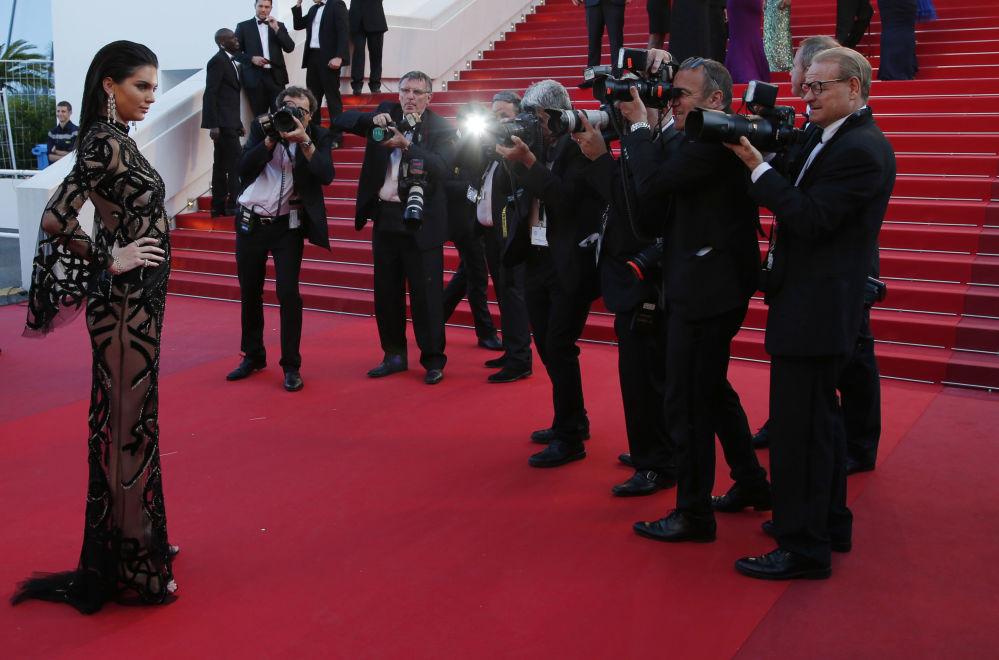 عارضة الأزياء كيندل جينير في مهرجان كان السينمائي