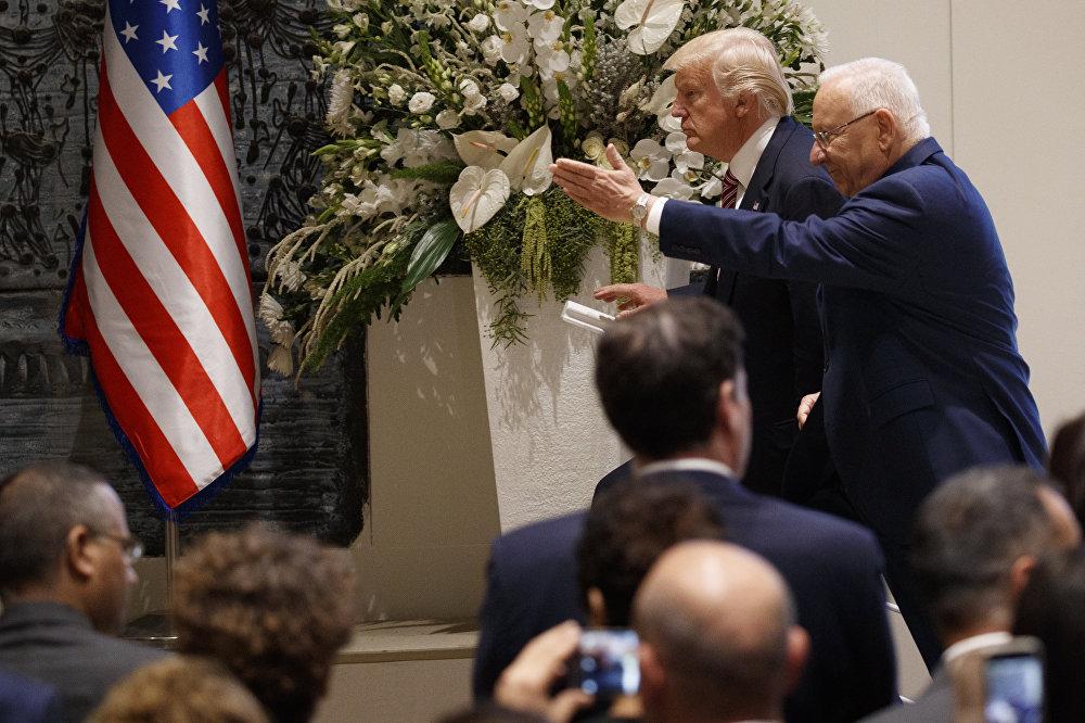 الرئيس الأمريكي دونالد ترامب والرئيس الإسرائيلي رؤوفين ريفلين في القدس، 22 مايو/ أيار 2017