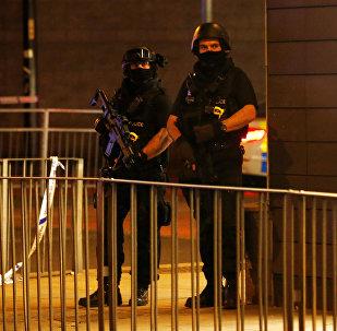 الشرطة في موقع حادث مانشستر الإرهابي
