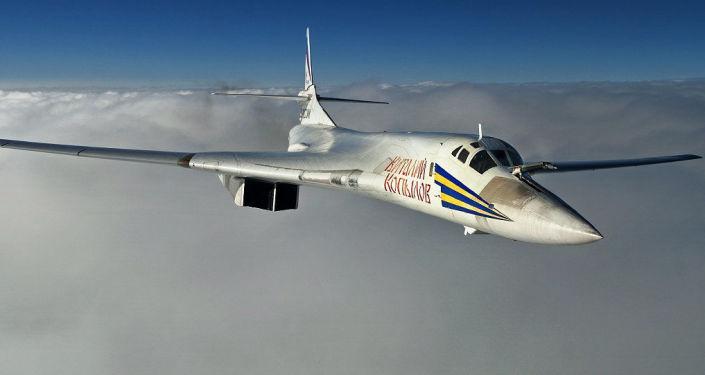 قاذفة القنابل والصواريخ تو-160