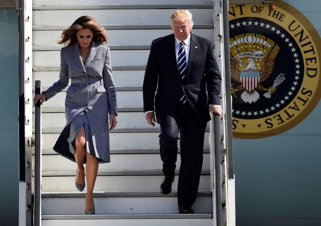 رحلة الرئيس الأمريكي دونالد ترامب وزوجته ميلانيا ترامب إلى دول الشرق الأوسط ومن ثم إلى أوروبا - وهنا يصل الرئيس ترامب إلى بروكسل، بلجيكا 24 مايو/ آيار 2017