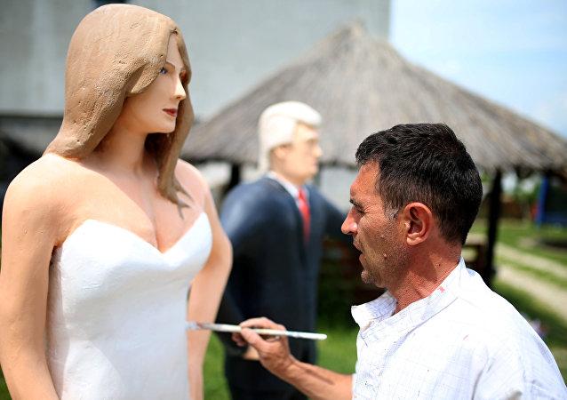 تمثال لميلانيا ترامب