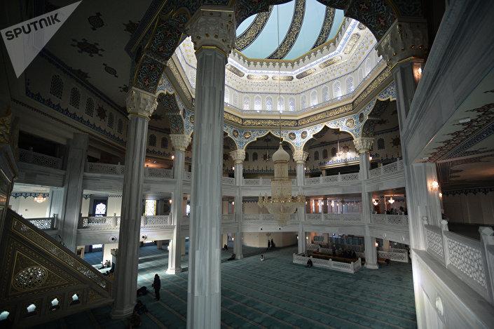 مصلى مسجد موسكو الكبير
