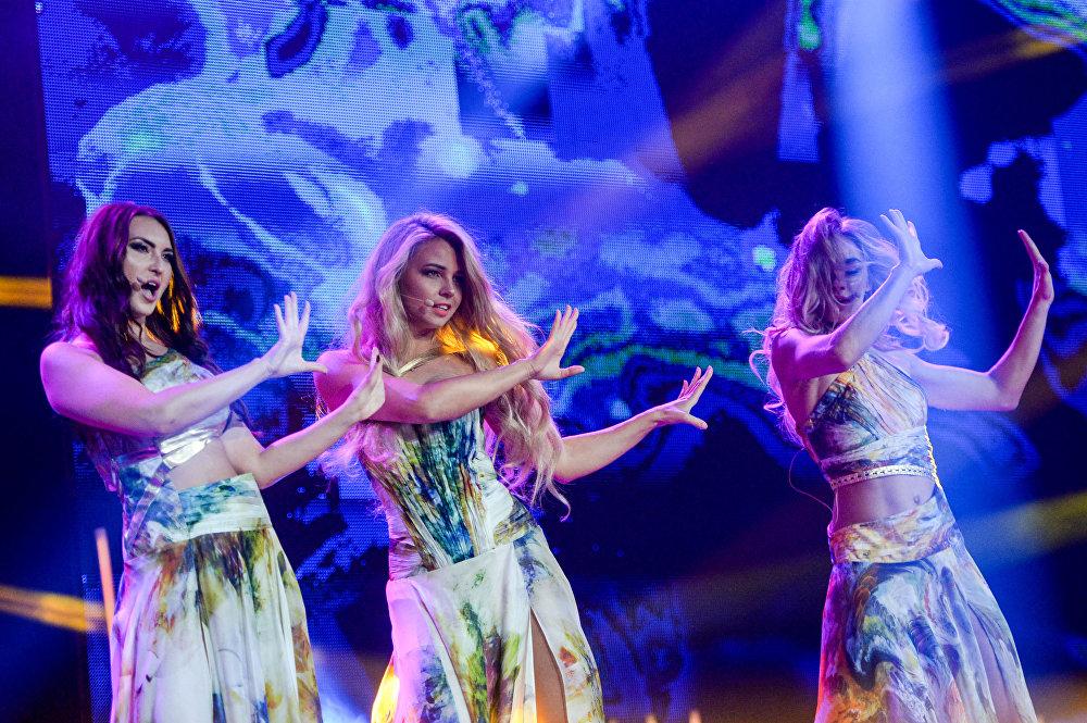 الفنانون في مسابقة الجمال الوطني ملكة جمال الراديو الروسي