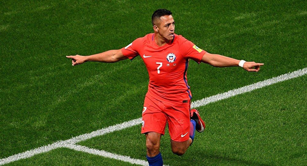سانشيز يسجل اسمه بحروف من ذهب في تاريخ الكرة التشيلية