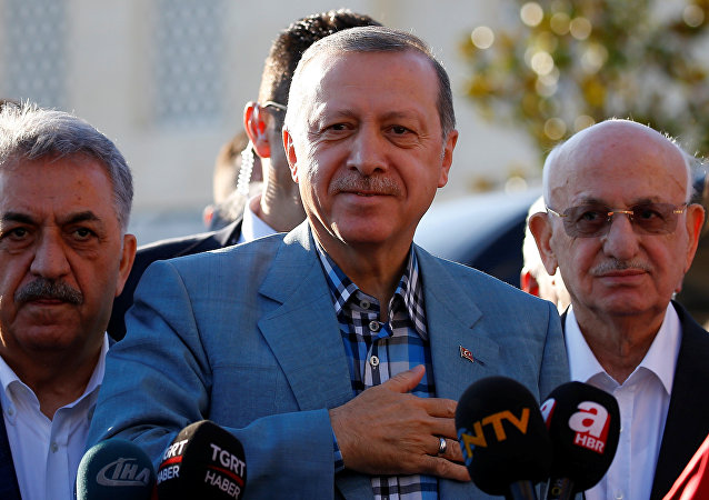 رجب طيب أردوغان في صلاة العيد بتركيا