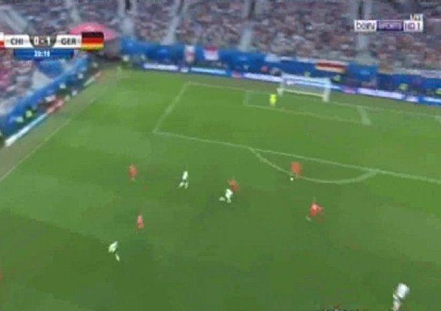 هدف ألمانيا فى تشيلى بنهائى كأس القارات
