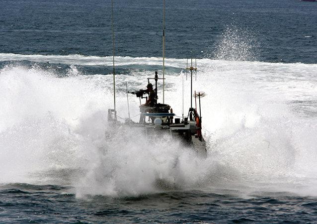 قارب خفر السواحل اليونانية