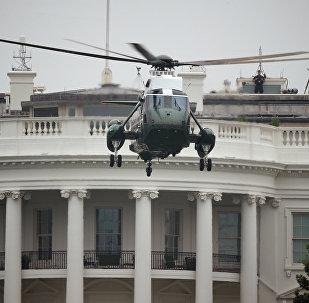 طائرة تحمل الرئيس الأمريكي من البيت الأبيض