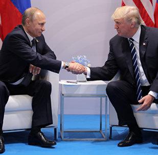 لقاء بين بوتين وترامب في هامبورغ (7 يوليو 2017)