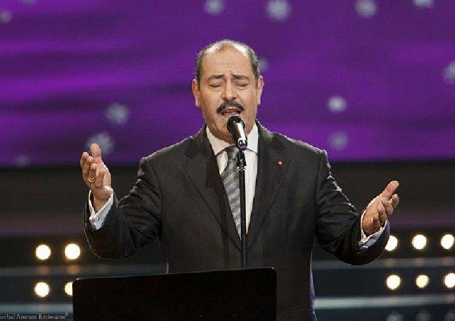 المطرب التونسي لطفي بوشناق