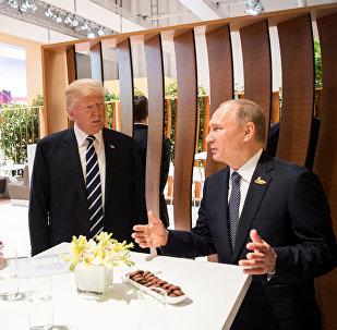 بوتين وترامب خلال لقائهما