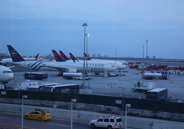 مطار كيندي