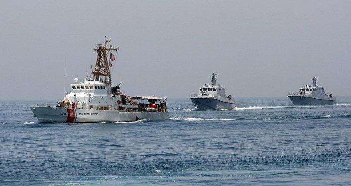 تدريبات بحرية مشتركة مع القوات القطرية