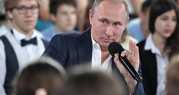 مقابلة الرئيس الروسي فلاديمير بوتين مع الأطفال في مركز سيريوس