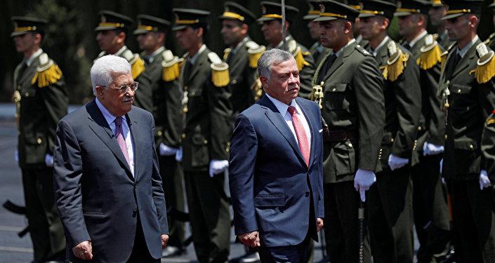 العاهل الأردني الملك عبد الله الثاني بن الحسين و الرئيس الفلسطيني محمود عباس