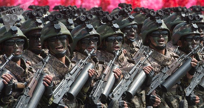 جنود من كوريا الشمالية