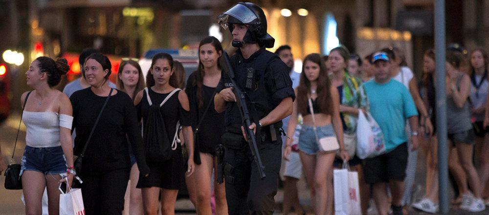 الشرطة في موقع هجوم برشلونة